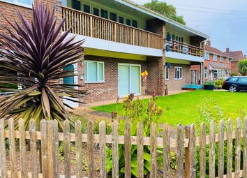 2 bed maisonette for sale in Testwood Crescent, Totton, Southampton SO40