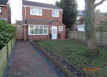Thumbnail 3 bed detached house to rent in Malham Close, Leigh