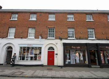 Thumbnail 2 bedroom flat to rent in Market Square, Marlow