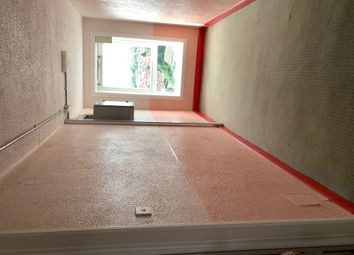 Thumbnail Flat to rent in Avondale Drive, Hayes