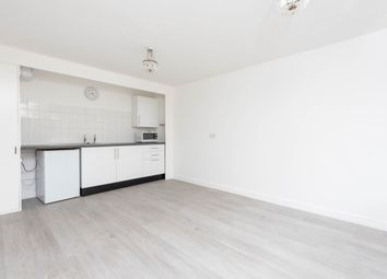 Thumbnail 1 bed flat to rent in Osberton Road, Oxford, Oxfordshire