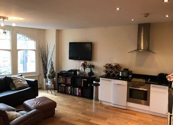 Thumbnail 2 bedroom flat to rent in The Broadway, Woodford Green