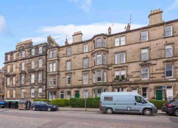 2 bed flat to rent in Airlie Place, New Town EH3