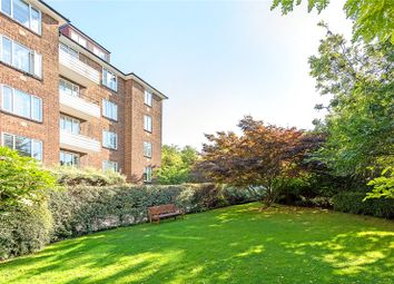 Heathway Court, Finchley Road, London NW3. 2 bed flat