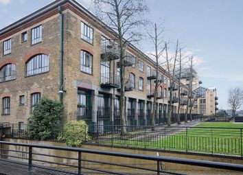 Thumbnail 1 bed flat for sale in Burrells Wharf Square, London