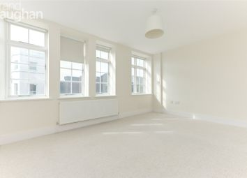 High Street, Lewes, East Sussex BN7. 2 bed flat