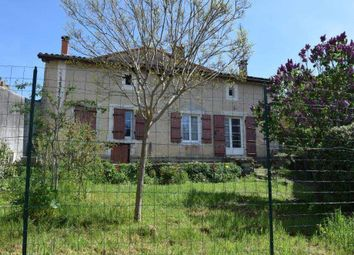 Thumbnail 2 bed country house for sale in 16700 Ruffec, France