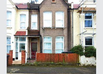Thumbnail 1 bed flat for sale in Nova Road, Croydon
