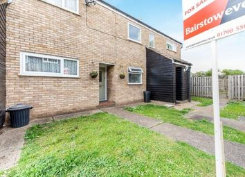 2 bed maisonette for sale in Rainham, Havering, Essex RM13
