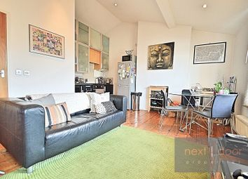 Thumbnail 2 bed flat to rent in Dalyell Road, Clapham