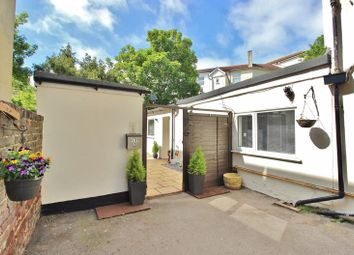 Thumbnail 2 bedroom flat for sale in Granada Road, Southsea