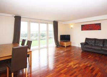 Thumbnail 2 bed flat to rent in Pierpoint Building, Westferry Road, Canary Wharf