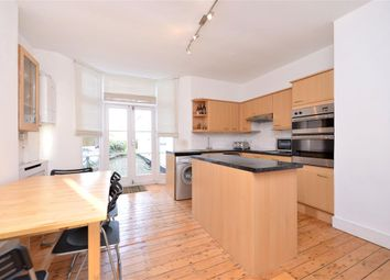 Thumbnail 2 bedroom flat to rent in Onslow Gardens, Muswell Hill, London