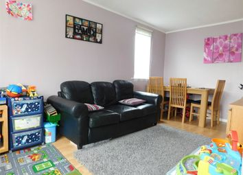 Thumbnail 1 bed flat to rent in Chartwell Close, Greenford, Middlesex