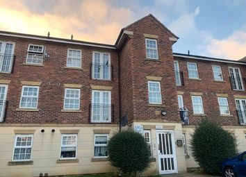 2 bed flat to rent in Lion Court, Northampton NN4