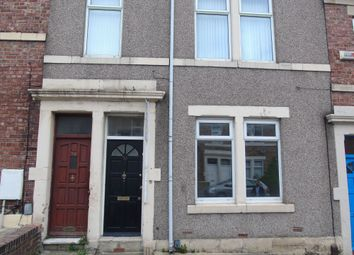 Thumbnail 2 bed flat to rent in Northbourne Street, Gateshead