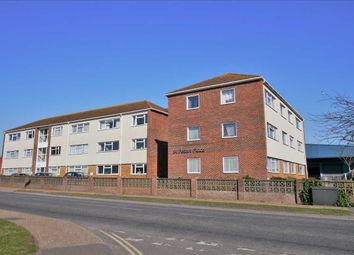 2 bed flat to rent in St. Peters Place, Western Road, Sompting, Lancing BN15