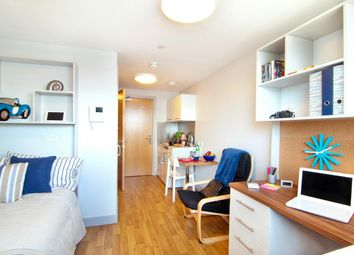 Thumbnail 1 bed flat to rent in Earlsdon Street, Southsea