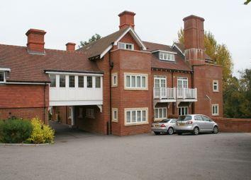 Thumbnail 2 bed flat to rent in Pembury Road, Tunbridge Wells