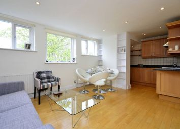 Thumbnail 2 bed flat to rent in Rosslyn Hill, Hampstead