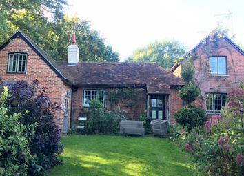 Thumbnail 3 bed cottage to rent in Marle Place Road, Brenchley, Tonbridge