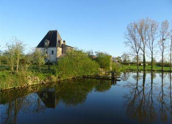 Thumbnail 5 bed property for sale in Poitou-Charentes, Deux-Sèvres, La Peyratte