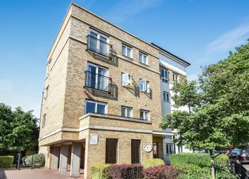 Thumbnail 2 bedroom flat for sale in Hawks Road, Norbiton, Kingston Upon Thames