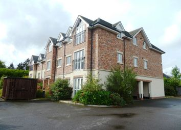 Thumbnail 2 bed flat to rent in Buckingham Drive, Emmer Green, Reading