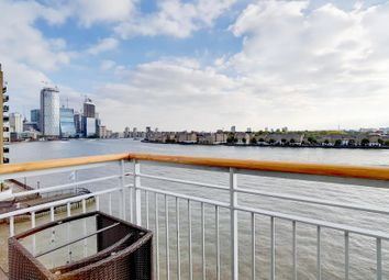 3 bed flat for sale in Narrow Street, London E14