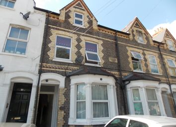 Thumbnail Studio to rent in St. Pauls Mews, Whitley Wood Lane, Reading