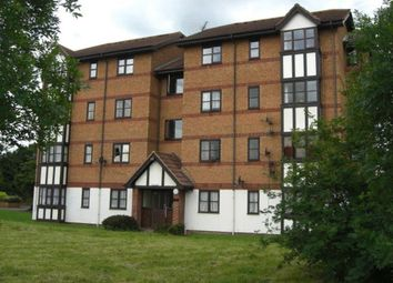 Thumbnail 2 bedroom flat for sale in Frobisher Road, Erith