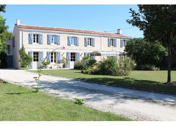 Thumbnail 6 bed property for sale in 17000, La Rochelle, Fr