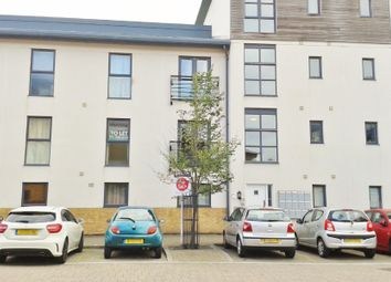 Thumbnail 1 bed flat to rent in Pasteur Drive, Swindon