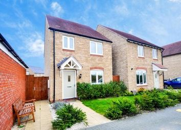 Thumbnail 3 bed detached house for sale in Kempton Close, Bicester