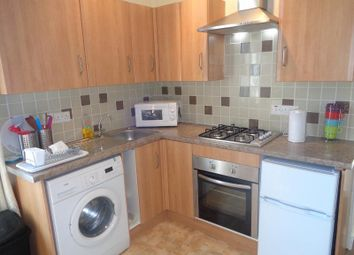 Thumbnail 2 bed flat to rent in Wellesley Road, Methil, Leven