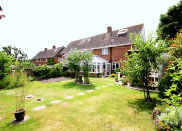 Thumbnail 3 bed semi-detached house for sale in Queens Close, Hythe, Southampton