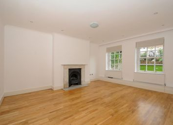 Thumbnail 3 bedroom flat to rent in Frognal, Hampstead