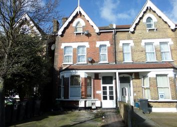 Thumbnail 2 bedroom flat to rent in Oakfield Road, Croydon, Surrey
