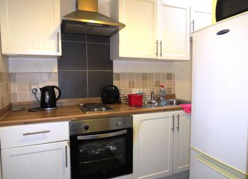 2 bed flat to rent in Alma Road, Plymouth PL3