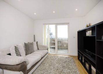 Thumbnail 2 bed flat to rent in Shearwater Drive, Hendon
