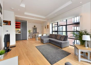 3 bed flat for sale in Lyell Street, London E14