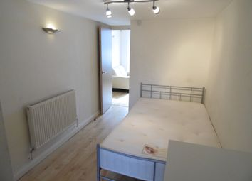 Thumbnail 1 bed flat to rent in Moy Road, Roath, Cardiff