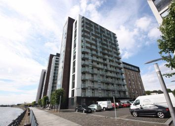 2 bed flat to rent in Castlebank Place, Glasgow G11