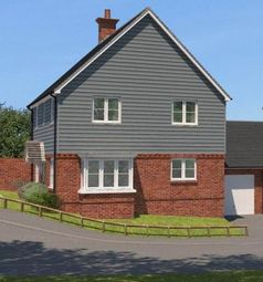 Thumbnail 4 bedroom detached house for sale in Oakline, Heathfield, East Sussex