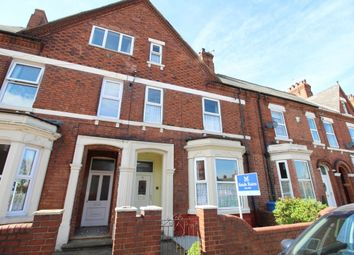 Thumbnail 5 bed terraced house for sale in Clifton Gardens, Goole