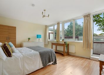 Thumbnail 4 bed flat to rent in Ebley Close, London