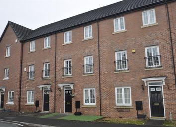 Thumbnail 4 bed town house for sale in Foxwood Drive, Hyde
