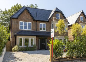 St. Omer Road, Guildford, Surrey GU1. 5 bed detached house
