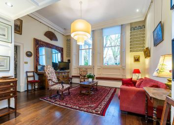 3 bed maisonette to rent in Courtfield Gardens, South Kensington, London SW5