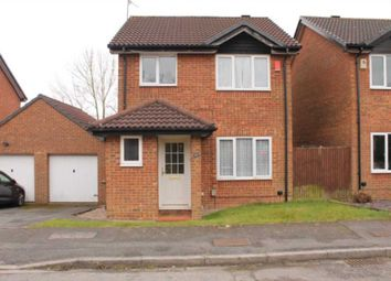 Thumbnail 3 bed detached house to rent in Robinswood, Luton